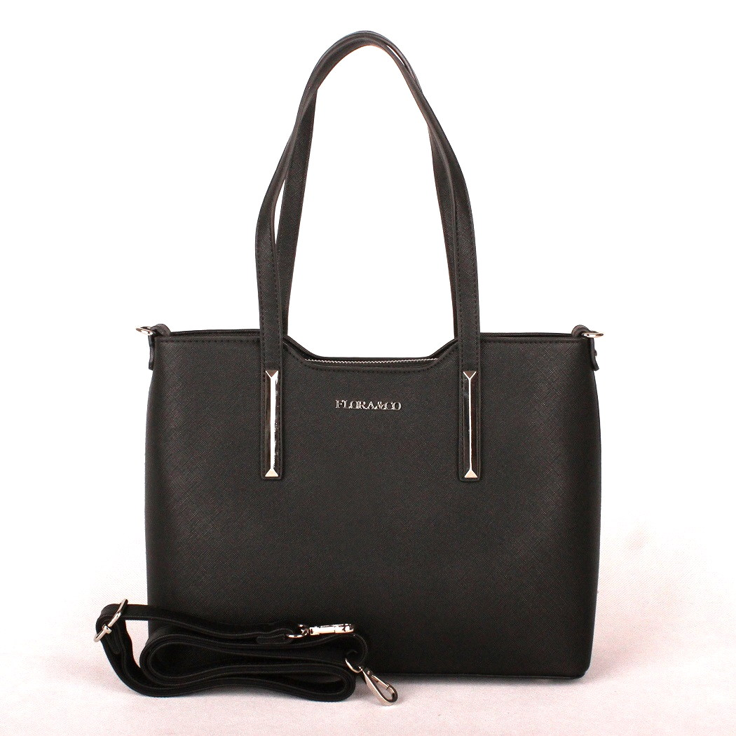 bdef7212f3 Černá elegantní pevná kabelka do ruky i na rameno FLORA amp CO F5983. Elegantní  středně velká ...